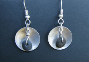 lake-superior-disc-rock-earrings