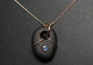 lake-superior-rock-necklace